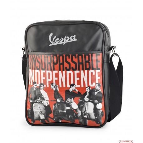 """Vespa schoudertas """"Unsurpassable Independence"""" zwart - VPSB77"""